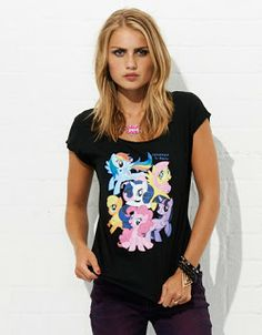 hot topic clothes for girls | New shirt in Australia this time! Sadly it's girls size only right now ...