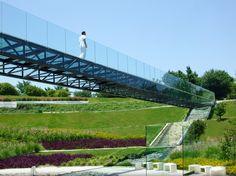 Paseo de la Mujer memorial park, Mexico, by Susana García Fuentes and DLC Architects.