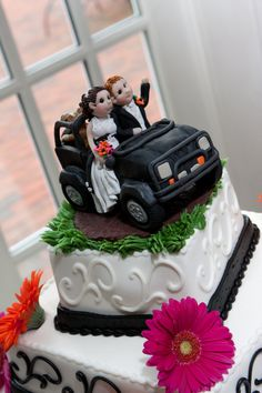 Jeep Wedding Cake Topper by lynnslittlecreations on Etsy, $30.00
