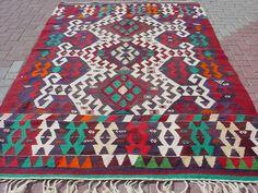 "VINTAGE Turkish Kilim Rug Carpet, Handwoven Rug Kilim,Daimond Design,Decorative Kilim, Natural Rug  68,1"" X 111"""