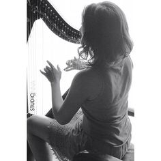 StudioAnna - Lizzy #studioanna_paris #nikon #d810 #retouche #portrait #photoshop #woman #art #studioshoot #music #harp