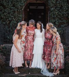 Bridesmaid Dresses, Wedding Dresses, How To Feel Beautiful, Real Weddings, That Look, How To Wear, Instagram, Fashion, Bridesmade Dresses