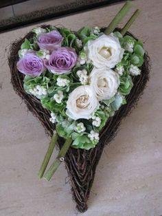 Bloemstuk Allerheiligen rouwwerk- Allerheiligen bloemschikken - bloemstukjes maken rond Allerheiligen