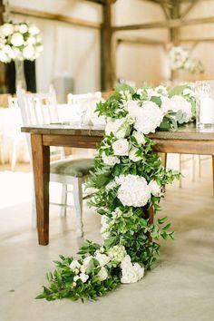 Glamorous Wedding centerpiece idea; photo:Mustard Seed
