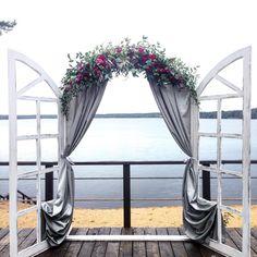 Окно от @shtabdecora в действии. Оно такое многогранное;)) хоть арка, хоть…