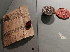 Piccoli, ma grandi: tesori da scoprire al Museo del Sigillo della Spezia - Giorni Rubati
