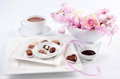 Натюрморт Напитки Кофе Сладости Конфеты Розы Чашка Еда