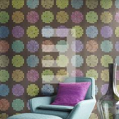 Smal and big dots wallpaper #behang stippen in div. kleuren uit behang collectie Luz by Eijffinger.