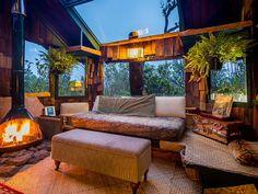 Authentic Hawaii Volcano Treehouse - VRBO