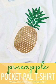 Create these adorable Pocket Pal T-Shirts with the Cricut EasyPress Mini! The answer to iron on with small spaces is here and it worked so well for these pocket designs! Check it out now! Cricut Tutorials, Cricut Ideas, Pocket Pal, Pocket Shirts, T Shirt Time, Cricut Vinyl, Cricut Craft, Diy Craft Projects, Project Ideas