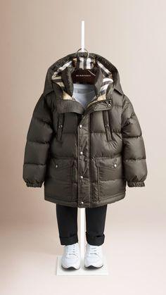 BURBERRY Kids Lightweight Down Filled Jacket Одежда Для Мальчиков, Милые  Дети, Cтильные Дети, 9ec4bec1b63