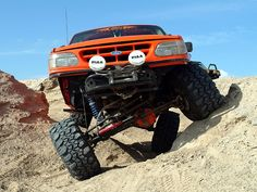 Nine Basic Off-Roading Driving Tips - Don't panic if you start to lose traction 4x4 Trucks, Ford Trucks, Utv Trailers, Hors Route, Sport Trac, Driving Tips, 4x4 Off Road, Ford Explorer, Explorer Sport
