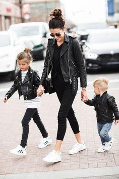 Family Rock Style Fashion Kids, Fashion Black, Trendy Fashion, Style Fashion, Babies Fashion, Steampunk Fashion, Lolita Fashion, Gothic Fashion, Winter Fashion