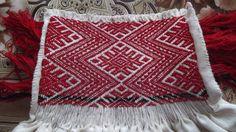 Camasa cu ciupag de Salaj -Detail c/o Marioara Constantin #lablouseroumaine Folk Embroidery, Folklore, Romania, Veronica, Bohemian Rug, Diy And Crafts, Textiles, Costumes, Blanket