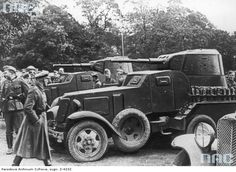 German soldiers viewing a Soviet armored cars BA-10. Lublin, September 1939.