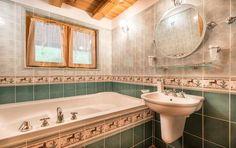 Horská chata Orešnica Corner Bathtub, Sink, Relax, Mirror, Bathroom, Furniture, Home Decor, Sink Tops, Washroom