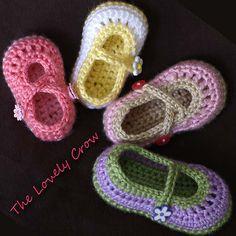 "Ravelry: Baby Mary Janes ""Baby Teaparty Maryjanes"" pattern by Elizabeth Alan"