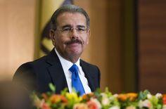 Consideran como burla que funcionarios ganen mas en sueldo que Danilo Medina