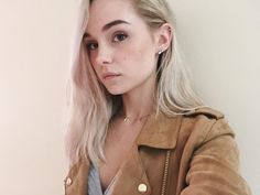 Alice Kristiansen. // This girl has the most beautiful voice, AND she's heartbreakingly beautiful, it's not even fair.