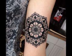 Leg Tattoos, Arm Tattoo, Tattos, Dragon Tattoo Arm, Mandala Tattoo, Future Tattoos, Ink, Get A Tattoo, Tattoo Female