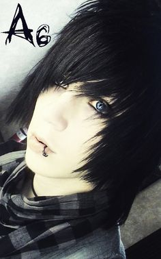 Image shared by Beatriz. Find images and videos about emo, bvb and black veil brides on We Heart It - the app to get lost in what you love. Scene Guys, Emo Scene, Scene Hair, Cute Emo Guys, Hot Emo Boys, Black Veil Brides Andy, Andy Black, Black Boys, Emo Bangs