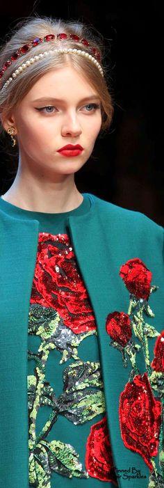 Fall 2015 RTW Dolce & Gabbana (details)  ♕♚εїз | BLAIR SPARKLES