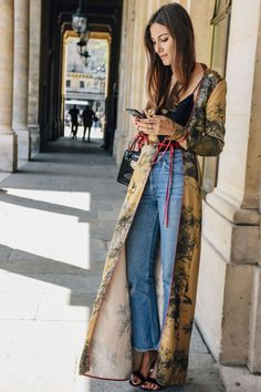 July 4, 2016 Tags Black, Red, Paris, Blue, Jeans, Nails, Yellow, Denim, Giorgia Tordini, Women, Prints, Cellphones, High Heels, Bags, Rings, Robes, Tank Tops, 1 Person, FW16 Women's Couture