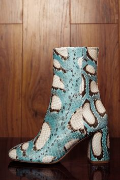 Turquoise Shoes, Shoe Sites, Shoe Boots, Women's Shoes, Shoe Game, Snake Skin, Leather Boots, Me Too Shoes, Cowboy Boots