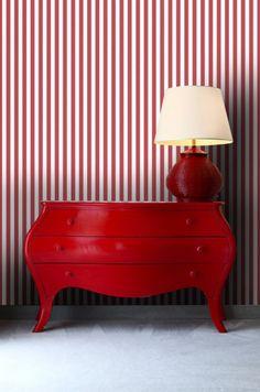 Papier peint rayures fines rouge Hope Chest, Decoration, Storage Chest, Nautical, Stripes, House Design, Turquoise, Mood, Inspiration