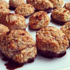 Sunde kokosmakroner med chokodyp   Søsters Køkken   Bloglovin'