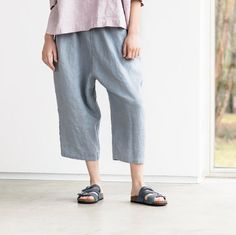 Loose washed linen pants with deep pockets in light elephant