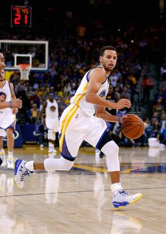 Stephen Curry Photos - Memphis Grizzlies v Golden State Warriors - Zimbio