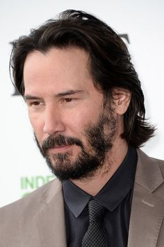 Keanu Reeves Photos - Actor Keanu Reeves attends the 2014 Film Independent Spirit Awards at Santa Monica Beach on March 2014 in Santa Monica, California. Keanu Reeves John Wick, Actor Keanu Reeves, Keanu Reeves Quotes, Keanu Charles Reeves, Rodrigo Santoro, Outfits Casual, Mode Outfits, Stephen James, Kit Harrington