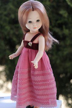 72. Heliotropo Nancy Doll, Spanish Girls, Doll Costume, Cute Dolls, American Girl, Doll Clothes, To My Daughter, Disney Princess, Nostalgia