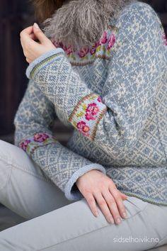 Fair Isle Knitting Patterns, Fair Isle Pattern, Knitting Charts, Knitting Stitches, Knitting Designs, Knitting Projects, Knit Patterns, Norwegian Knitting, Look Retro