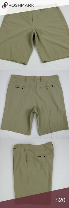 c021b9c6ae9c1 Hurley Nike Dri-Fit Flat Front Skateboard Shorts This is a pair of Pre Owned