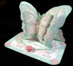 Layered butterfly easel mint peach patchwork on Craftsuprint designed by Carol Dunne - made by Peggy Stogdill