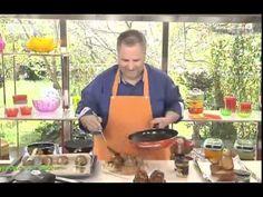 Γεύσεις στη φύση   Κανελόνια γεμιστά με - 26/04/2015 - YouTube Greek Recipes, Pasta, Dessert, Youtube, Food, Kitchens, Desserts, Eten, Greek Food Recipes