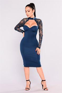 c8e8cb7e2182 Blue Halter Neck Sheer Lace Sleeve Evening Dress