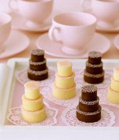 Mini Fudge Cakes