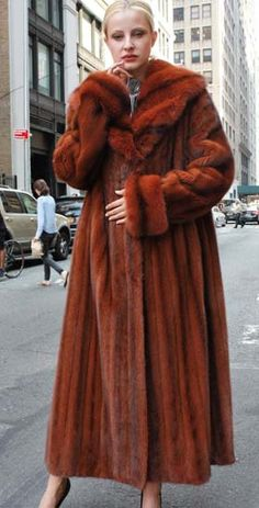 Add some spice to your life, this amazing Cayenne Full Length Mink Coat with Matching Sable Collar will heat up from the moment you slip this fabulous coat on. Fur Fashion, Winter Fashion, Fashion Trends, Fashion Guide, Sweater Jacket, Fur Jacket, Sable Coat, Red Fur, Fabulous Furs