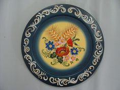 prato de madeira pintado a mão, com a técnica bauernmalerei
