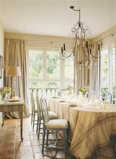 This home was decorated by interior designer Candida Taylor. Dining Rooms, Dining Area, Come Dine With Me, Outdoor Table Settings, Interior Decorating, Interior Design, Kitchen Nook, Nordic Style, Beautiful Interiors