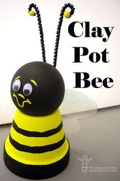 clay pots Bee-utiful Clay Pot Craft More - clay Flower Pot Art, Clay Flower Pots, Bee On Flower, Flower Pot Crafts, Clay Pot Projects, Clay Pot Crafts, Diy Clay, Craft Stick Crafts, Craft Sticks