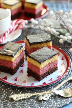 Juditka konyhája: ~ NÉRÓ SZELET ~ Creative Cakes, Creative Food, Sweet Recipes, Cake Recipes, Hungarian Desserts, Mini Cakes, Cake Cookies, Street Food, Sweet Treats