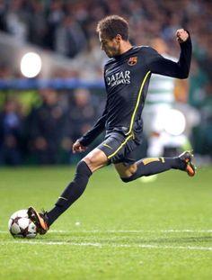 Soccer Images, Good Soccer Players, Neymar Jr, Perfect Man, Barcelona, Sporty, Running, Athletes, Ham