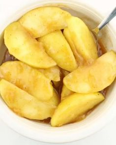 Instant Pot Cracker Barrel Cinnamon Apples–-cooked tart granny smith apples in a brown sugar, butter and cinnamon sauce. A perfect treat that is healthier than a typical dessert. #instantpotrecipes Home Recipes, Fruit Recipes, Apple Recipes, Cooking Recipes, Instant Pot Pressure Cooker, Pressure Cooker Recipes, Pressure Cooking, Apple Desserts, No Bake Desserts