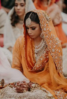Mango Color Lehengas: The New Bridal Color For 2020 Brides! Indian Bridal Makeup, Bridal Makeup Looks, Bridal Lehenga Collection, Punjabi Bride, Indian Bridal Hairstyles, Wedding Day Makeup, Bride Look, Bridal Outfits, Colourful Outfits
