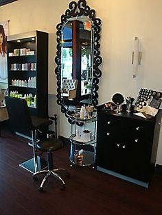 station salon