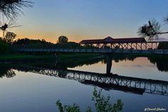 Pont couvert de la piste cyclable Belle Villa, Pista, Mansions, House Styles, Photos, Art, Track Bicycle, Most Beautiful Cities, Dance Floors